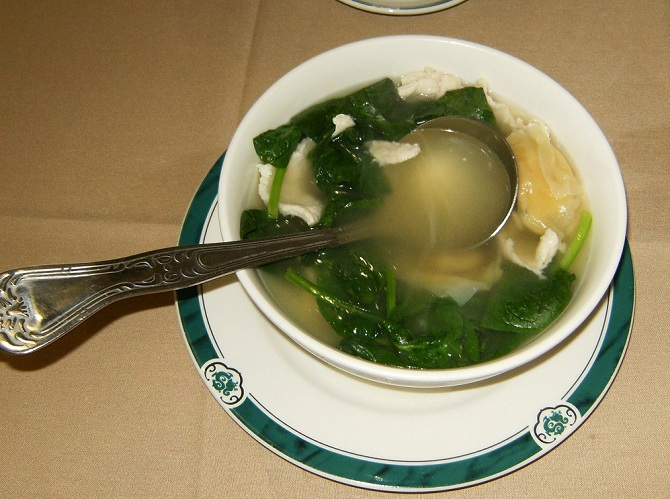 Chicken Wonton Soup with Spinach and Wontons